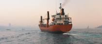 Met onze maritieme analysers geïnstalleerd op schepen over de hele wereld, wordt de voortdurende service en ondersteuning voor de apparatuur tevreden gesteld door ons toegewijde netwerk dat werkt in en rond belangrijke havens en installatielocaties.